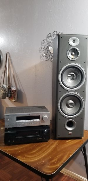 2 Amplifiers and speaker for Sale in Porterville, CA