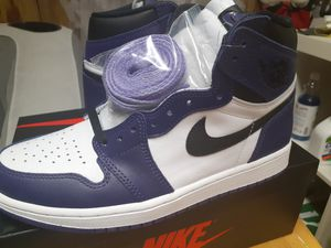 D.s Court purple Air jordan 1 size 9 for Sale in Queens, NY