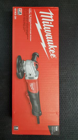 MILWAUKEE 11 Amp 4-1/2 in. - 5 in. BRAKING SMALL ANGLE GRINDER [ESMERIL/GRILLO] for Sale in San Diego, CA