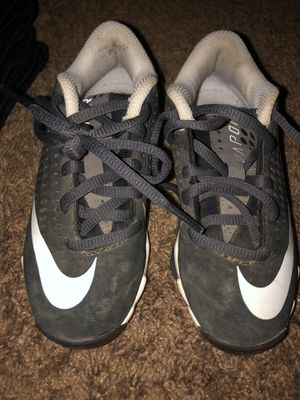 Little Kids Nike baseball/softball cleats size 10 for Sale in San Marcos, CA