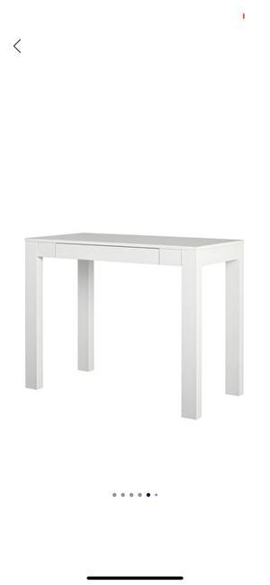 White desk for Sale in Brooksville, FL