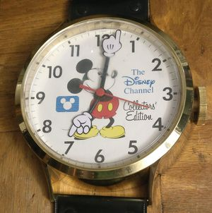 Walt Disney Mickey Mouse Collectors Edition Wall Clock Jumbo Watch for Sale in Seattle, WA