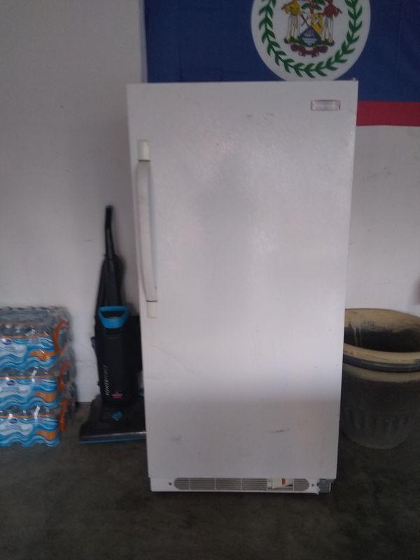 Frigidaire stand up freezer