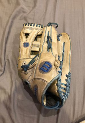"A2000 12.75"" y-web baseball glove for Sale in Brainerd, MN"