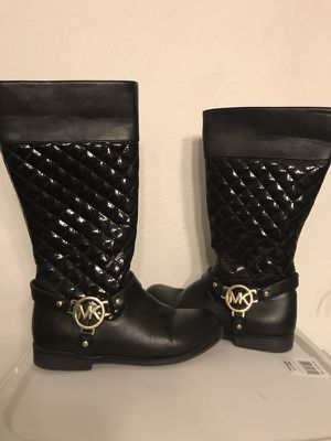 Girls size 1 Michael Kors Boots for Sale in St. Louis, MO