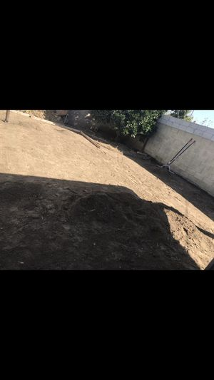 Free dirt we deliver truck load for Sale in Inglewood, CA