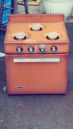 1969 trailer gas stove needs work. for Sale in Yakima, WA