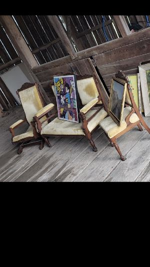 Chairs that go with the other one antique for Sale in Traverse City, MI