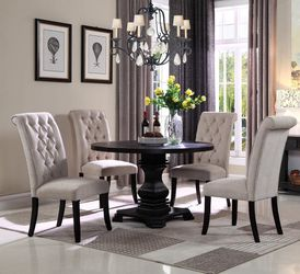 RUSTIC GRAY ANTIQUE BLACK ROUND 5 PIECE DINING TABLE PARSON CHAIRS SET / COMEDOR MESA SILLAS for Sale in San Diego,  CA