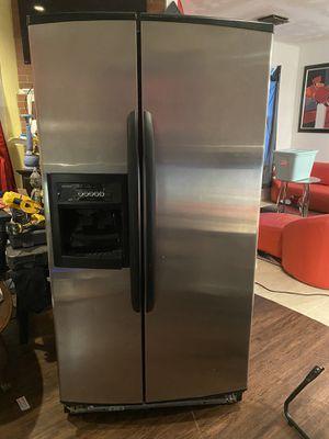Kenmore refrigerator for Sale in Norfolk, VA