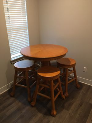 Wood table and chairs for Sale in Columbus, OH