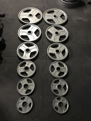 Olympic weights (2x45s 2x35s 2x25s 2x10s 2x5s 2x2.5s) for $160 Firm!!! for Sale in Burbank, CA
