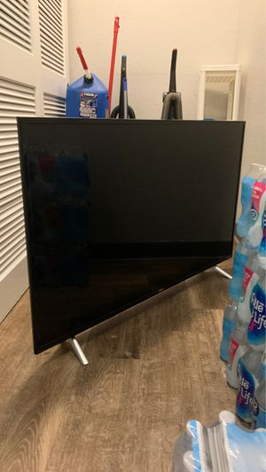 50inch TCL for Sale in Tampa, FL