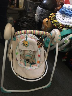 Bright stars infant swing for Sale in HILLTOP MALL, CA