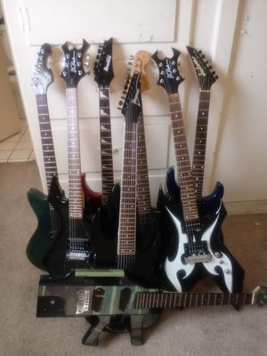 Misc..B.C.RICH. .. JACKSON.. ..IBANEZ. .. FENDER for Sale in San Pedro, CA