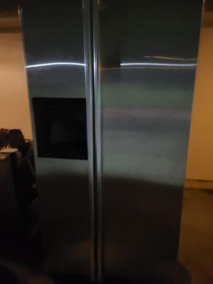 GE profile refrigerator for Sale in Lincoln Acres, CA