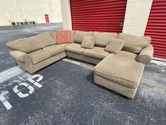 Large Sectional Couch | Free Delivery for Sale in Weston,  FL