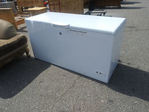 GE Large Chest Freezer for Sale in Norfolk, VA