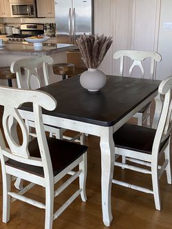 Dining Set 5 Pieces Dark Brown / Antique White for Sale in Los Angeles,  CA
