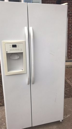 Refrigerator for Sale in Mount Airy, MD