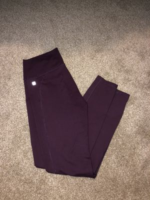 Fabletics Burgundy Legging Size M for Sale in Meridian, ID