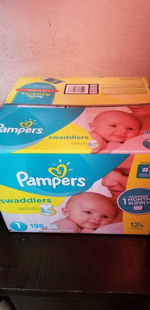 Pampers swaddlers size 1 198 daipers $40 each box firm price for Sale in Los Angeles, CA