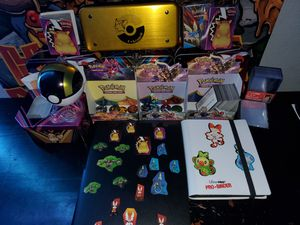 Pokemon lot all great condition for Sale in Guadalupe, AZ