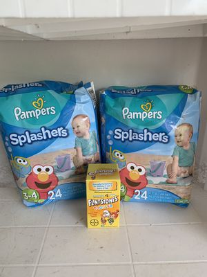 Pampers swimmers size 3-4 for Sale in Crestview, FL