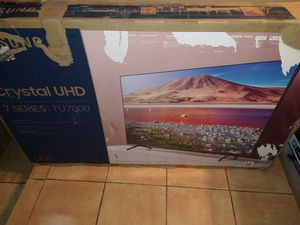 """TV SAMSUNG CRYSTAL 50"""" for Sale in Norcross, GA"""
