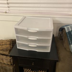 Plastic Organizing Drawers for Sale in Lakewood, CA