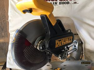 "Dewalt DW 708. 12"" Sliding compound miter saw. for Sale in Las Vegas, NV"