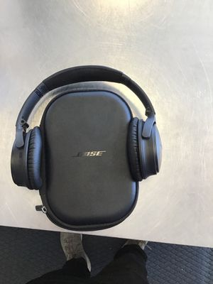 Bose headphones for Sale in Cicero, IL