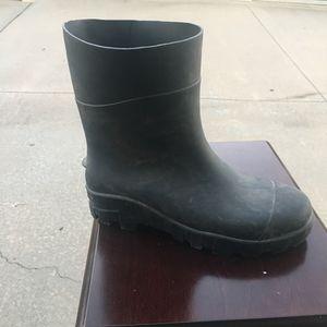 Rubber Rain Boots - Men's size 9 for Sale in Wichita, KS