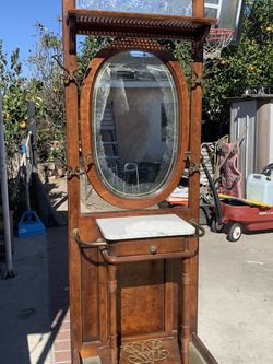 Antique Armoire for Sale in Long Beach,  CA