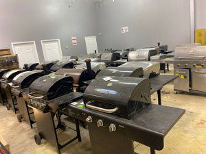 Barbecue pit liquidation sale 🔥🔥🔥 WI1C for Sale in Hawthorne, CA