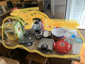 Small kitchen appliances for Sale in Puyallup, WA