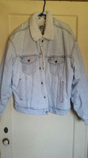 Vintage LEVIS Denim Jacket XL Extra Large Sherpa 1993 for Sale in San Fernando, CA
