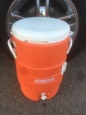 Igloo cooler for Sale in Orange, CA