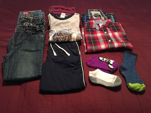 Toddlers Size 5/6 Clothes Like New! for Sale in Laurel, DE