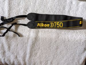 Nikon AN-DC14 Neck Strap for Sale in Blacklick, OH