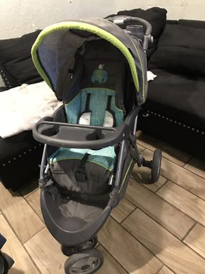 Baby trend stroller for Sale in Riverside, CA