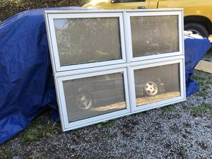 Multiple windows for sale. Only for a week... maybe two at most for Sale in Edgewood, WA