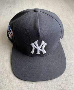 Supreme X Yankees Hat for Sale in Sacramento, CA