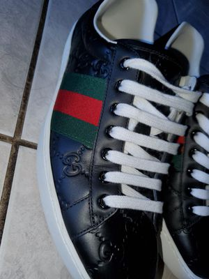 MENS GUCCI (GARANTEED AUTHENTIC) for Sale in Richardson, TX