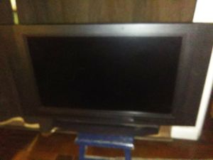 Olivia 32'inch Flat Screen Tv for Sale in Orlando, FL