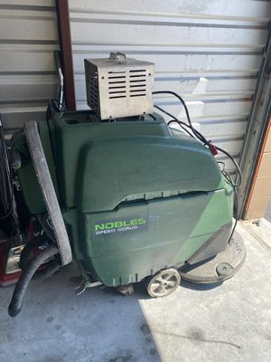 Auto floor scrubber for Sale in Kissimmee, FL