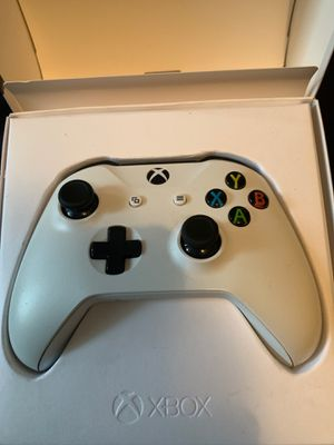 X box wireless controller for Sale in Lakewood, CA