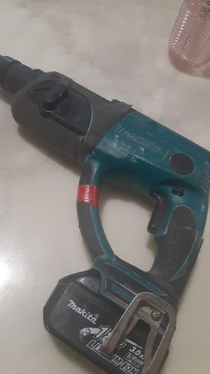 18 volt makita hammer dril for Sale in Houston, TX
