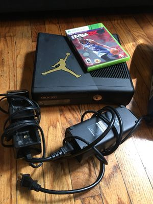 Xbox 360, controller charging station, NBA 2k15 game and 1 controller for Sale in New York, NY