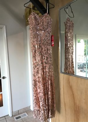 Rose gold formal/ prom dress for Sale in Walnut Creek, CA